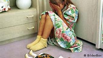 Kindermissbrauch (BilderBox)