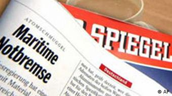 Der Spiegel at the breakfast table