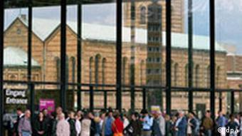 Neue Nationalgalerie Berlin - Besuchermagnet MoMA