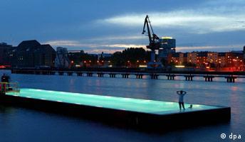 Badeschiff Berlin-Treptow Rocawear/Elle-Girl-Events Nachtstimmung