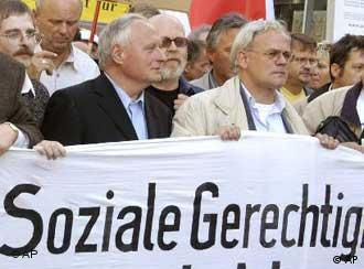 Oskar Lafontaine (left) joined the protests on Monday