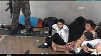 Beslan'daki okul baskınını düzenleyen eylemciler, çektikleri görüntüleri propaganda amacıyla basına dağıtmıştı