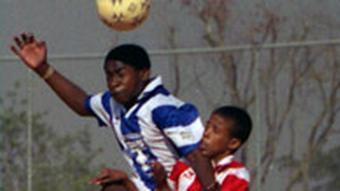 Streetfootballworld kopfball