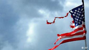 USA Flagge nach Hurrikan Ivan
