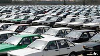 Volkswagen Passat auf Halde in Schanghai