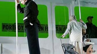 Theater Berliner Ensemble Ein Wilder Mann von Peter Hanke