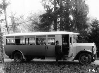 Этот автобус Mercedes-Benz курсировал в 1925 году - еще до принятия протекционистского закона