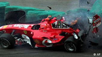 Trainingsunfall von Michael Schumacher (Foto: AP)