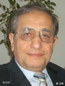 Hassan Shariatmadari, Mitbegründer von Unity for a Democratic and Secular Republik in Iran