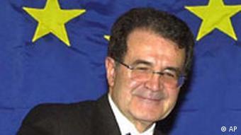 Romano Prodi mit EU-Flagge