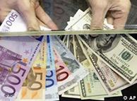 La debilidad del billete verde frente al euro cumple un lustro.