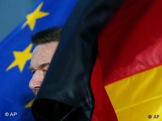 Schröder: campanha eleitoral à frente das decisões européias?