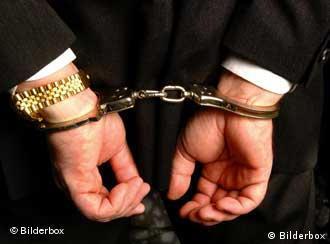 چکهای برگشتی سالانه شمار زیادی از شهروندان ایران را روانه زندان میکنند