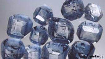Blaue Diamanten aus der Asche von Säugetieren