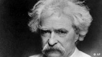A black and white snapshot of Mark Twain