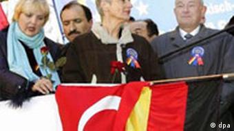 Beckstein, Beck und Roth bei Anti-Terror-Demonstration