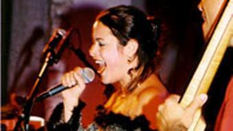 Leila Pantel - Brasilianerin, Musikerin, in Deutschland ansässig