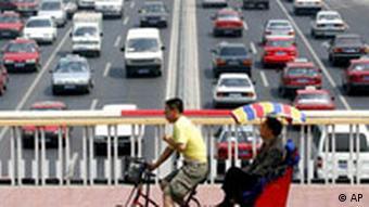 China Volkswagen Automobilindustrie Automarkt Autobahn Fahrrad