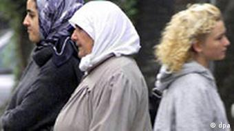 Türkische Frauen beim Einkauf