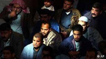 Irakische Sunniten in einer Moschee