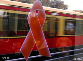 Фінансування Німеччиною глобальної боротьби зі СНІДом може скоротитись удвічі