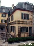 Casa onde nasceu o compositor agora na internet