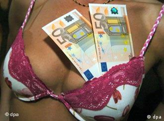 Two 50-euro bills slipped into a bra