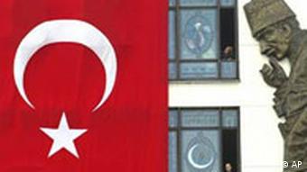 Galerie Türkei Flagge und Kemal Atatuerk