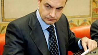Zapatero vor der Untersuchungskommission in Madrid