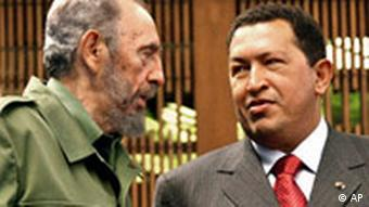 'Revolutionäre' unter sich: Fidel Castro und Hugo Chavez (Quelle: AP)