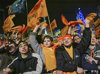 Juschtschenko-Anhänger feiern