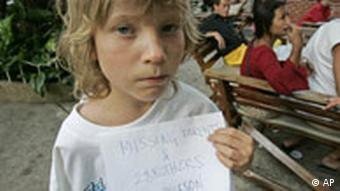 Flutkatastrophe Südindien Karl Nilsson aus Schweden sucht seine Eltern und seinen Bruder in Phuket Thailand