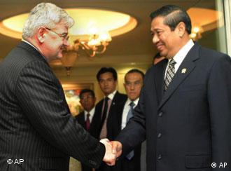German Foreign Minister (left) and Indonesian President