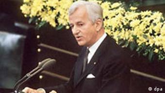 Bundespräsident Richard von Weizsäcker im Bundestag 1985