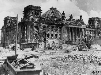 Deutschland am Ende: Der Berliner Reichstag 1945