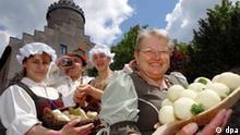 Drei Frauen mit Thüringer Klößen