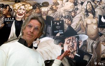 Gerhard Haderer mit seinen Karikaturen