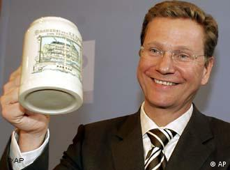 The FDP's Westerwelle aims to prove politics can be fun
