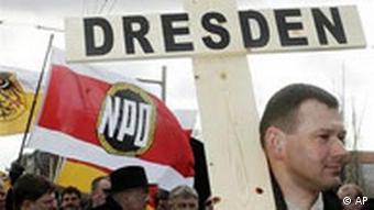 Trauermarsch der NPD in Dresden