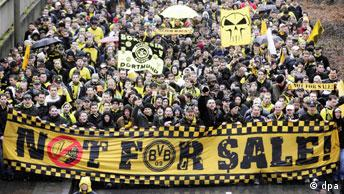 Borussia Fans demonstrieren