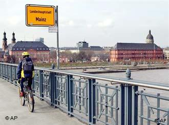Even cycling in central Mainz will be a problem on Wednesday