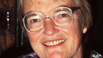 Headshot of author Gudrun Pausewang
