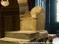 Thron von Karl dem Großen im Aachener Dom