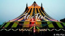Zirkus Flic Flac, Außenansicht