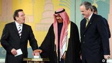 Gerhard Schröder startet DW-tv Arabisch in Kuwait