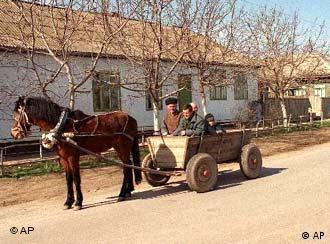 В молдавской деревне (фото из архива)