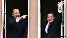 Bundeskanzler Gerhard Schroeder und der franzoesische Staatspraesidenten Jacques Chirac