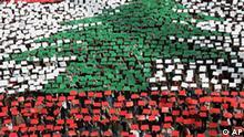 Libanon Demonstration Flagge