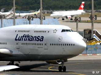 Lufthansa jets grounded