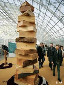 Leipziger Buchmesse Bücher Skulptur